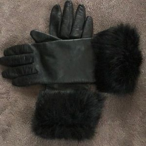 Gorgeous soft black leather Nordstrom gloves
